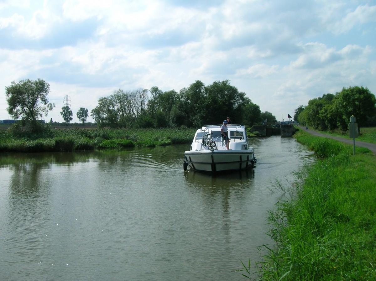 Canal de Fléville